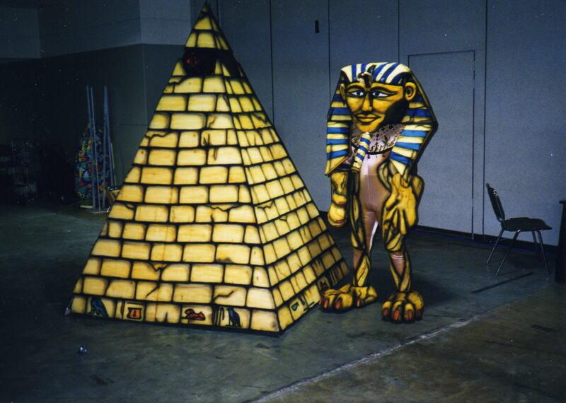 Isis pyramid & sphinx.jpg