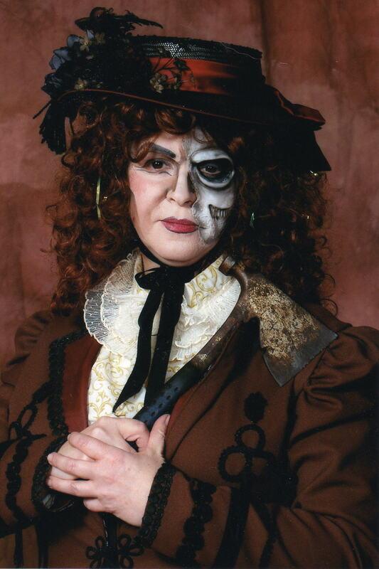 Lizzie portrait.jpg