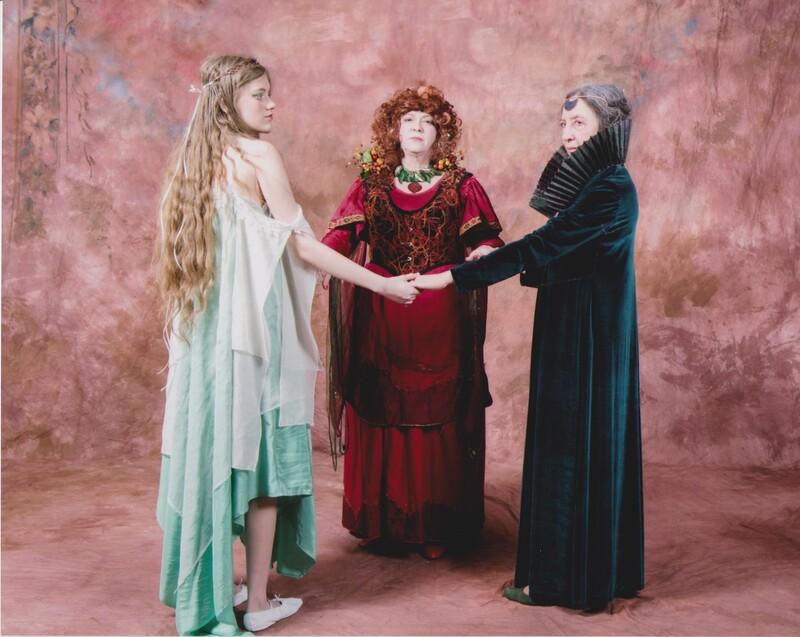 Three fold goddess 001.jpg